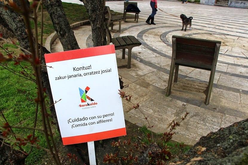 precaucion en parques por veneno para perros