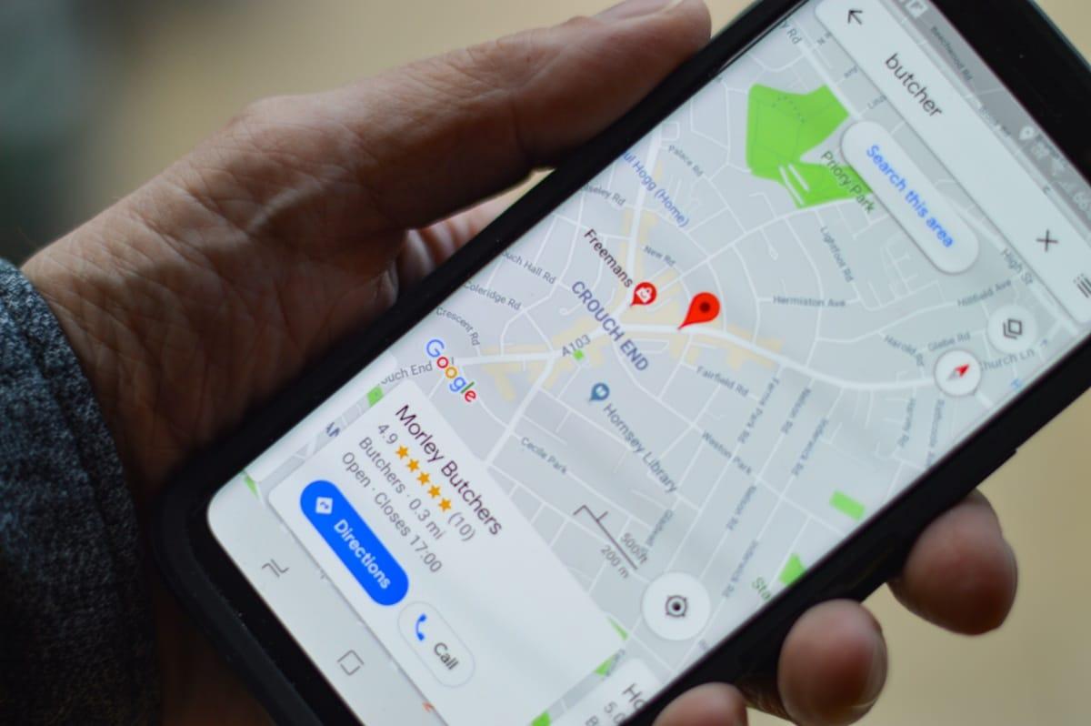 Algunos GPS para perros se usan con el mócil